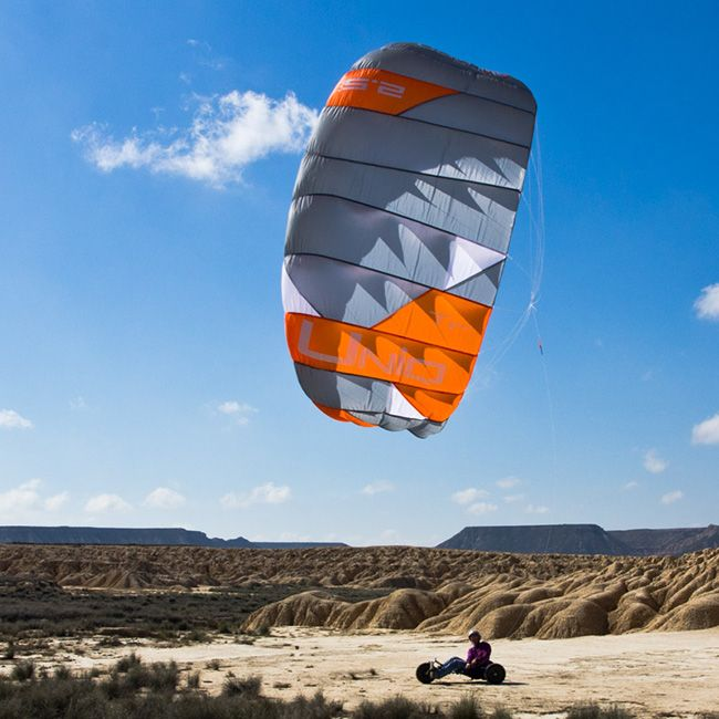 peter lynn land kite at uniqsurface.com